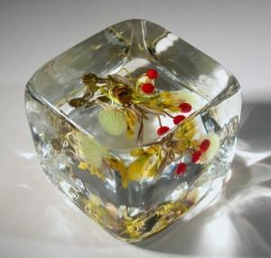 Paul Stankard art glass paperweight