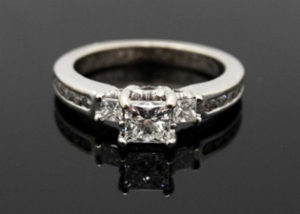 Buy Sell Diamond Ring Amsterdam NY