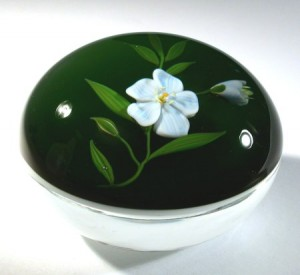 Paul Stankard art glass paperweight